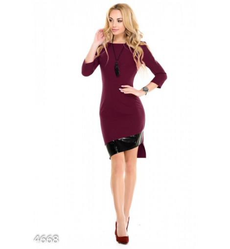 Асимметричное фиолетовое платье с кожаной полосой на подоле