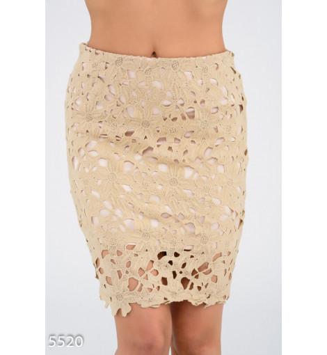 Бежевая кружевная юбка-карандаш на трикотажной основе